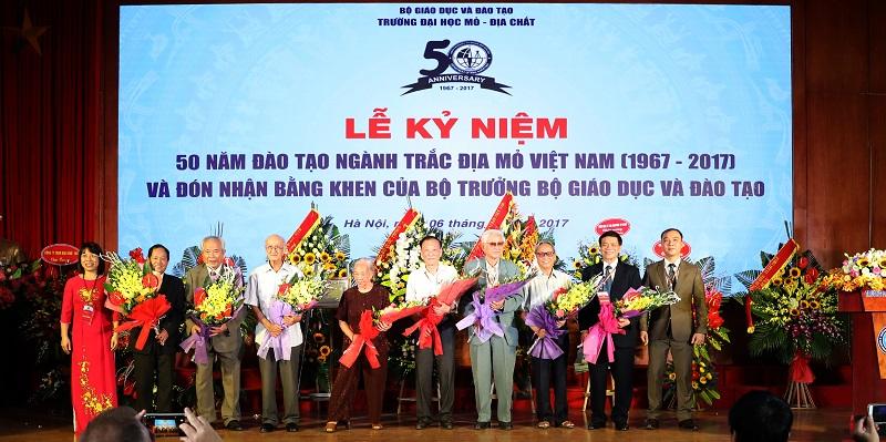 Tổ chức thành công Lễ kỷ niệm 50 năm